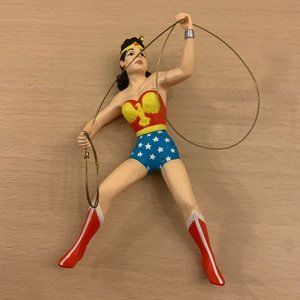 1996 DC Comics Hallmark Ornament Wonder Woman